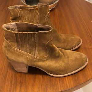 Dolce Vita Suede Boots Size 10
